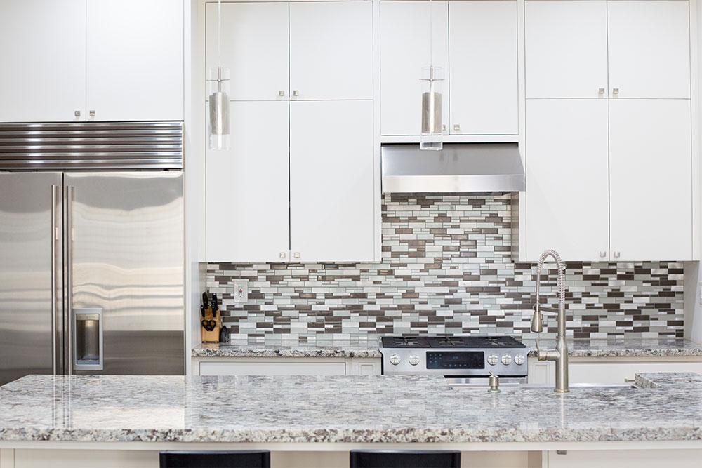 Houston Kitchen Stacked Stone Backsplash Granite Countertops