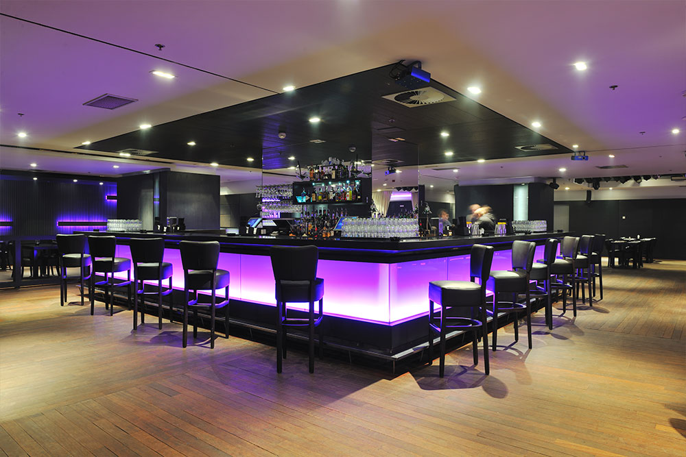 Commercial Construction Restaurant Bar & Flooring Houston Granite Guy